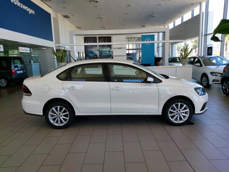 than-xe-vw-polo-sedan-2021-giaxehoi-vn