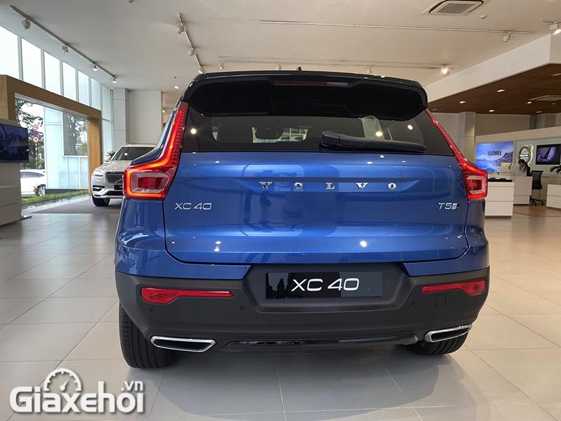 danh-gia-xe-volvo-xc40-2021-giaxehoi-vn-8