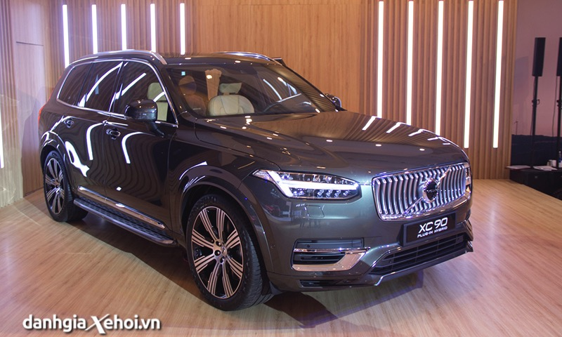 Dau-xe-Volvo-XC90-T8-Recharge-2021-Danhgiaxehoi-vn