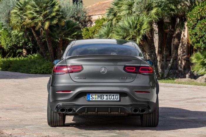 danh-gia-xe-mercedes-amg-glc-43-4matic-coupe-2021-giaxehoi-vn-10