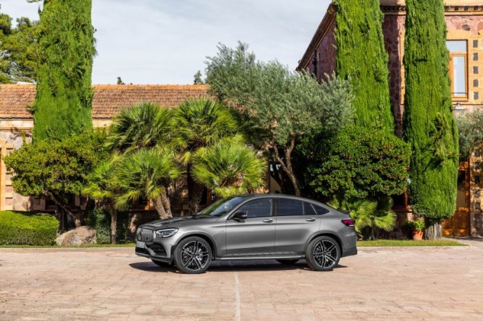 danh-gia-xe-mercedes-amg-glc-43-4matic-coupe-2021-giaxehoi-vn-11