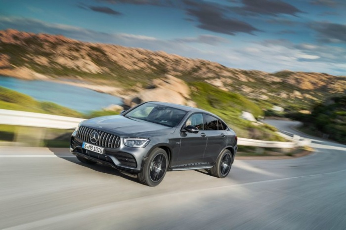 danh-gia-xe-mercedes-amg-glc-43-4matic-coupe-2021-giaxehoi-vn-8