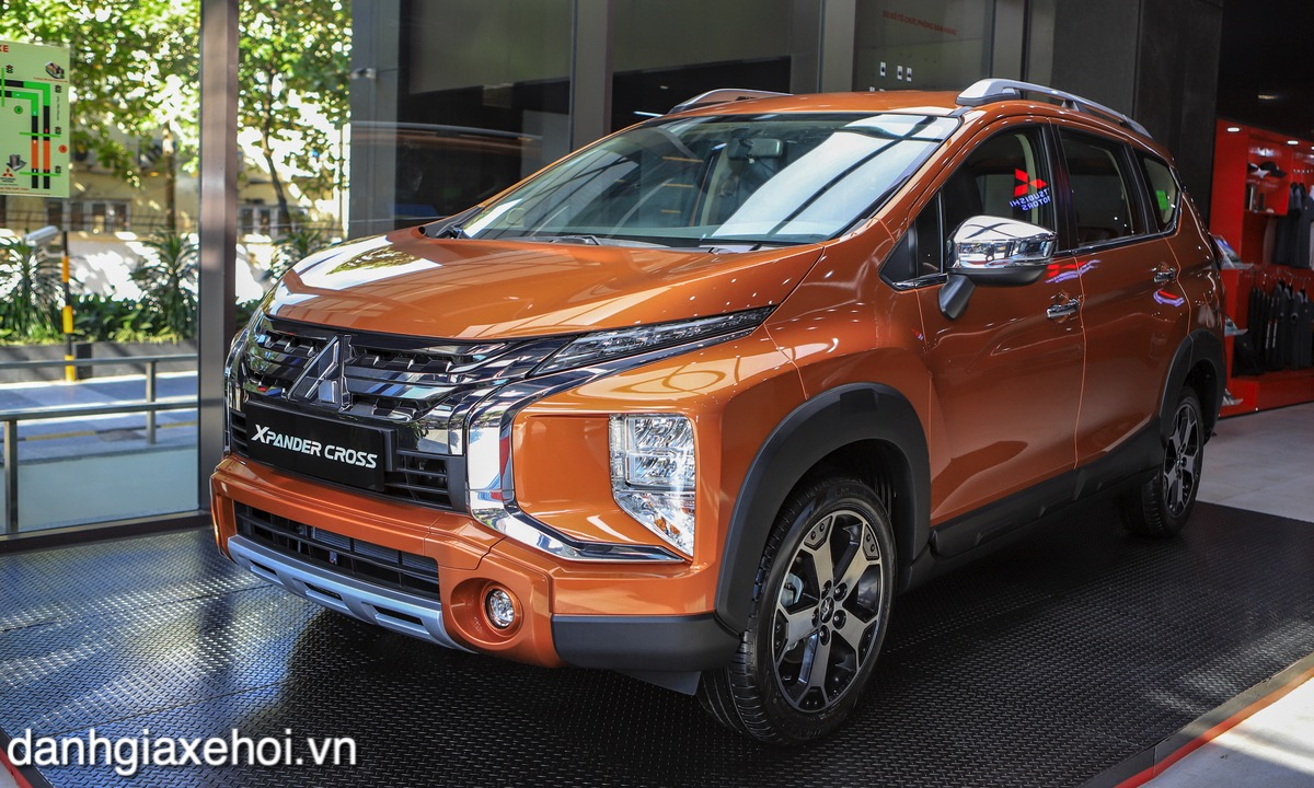 gia-xe-mitsubishi-xpander-cross-2021-danhgiaxehoi-vn