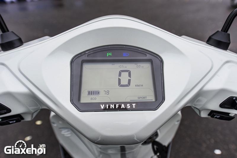 Dong ho xe may dien Vinfast Feliz 2021 Giaxehoi vn - Giới thiệu 2 mẫu xe điện Vinfast mới ra mắt - bộ đôi xe máy điện Feliz và Theon