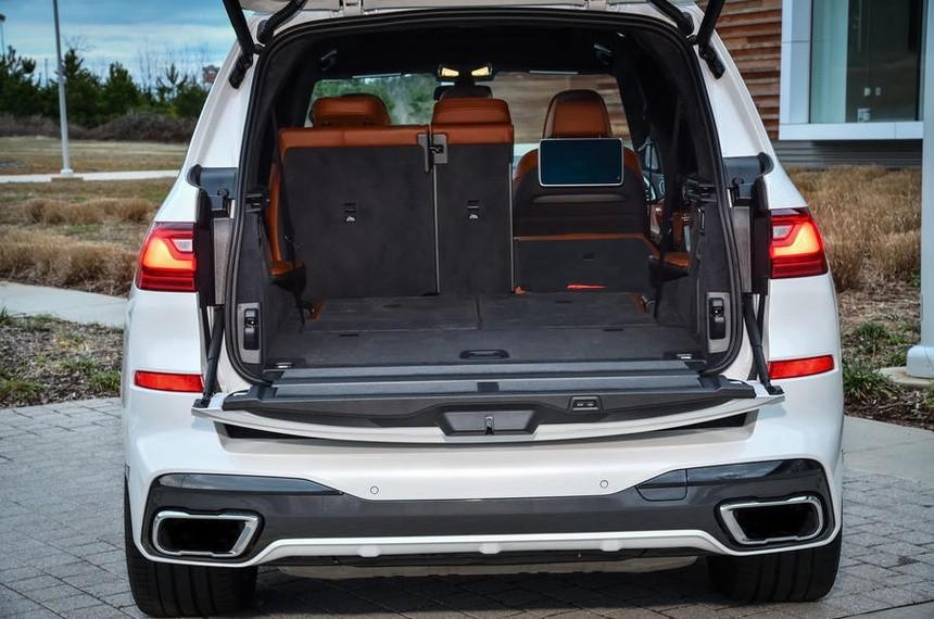 BMW X7 M50I lần đầu tiên về Việt Nam có gì để cạnh tranh với Mercedes GLS 580?