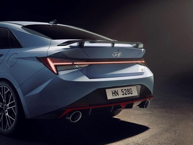 Đánh giá Hyundai Elantra N 2022: sedan cỡ C mạnh nhất thị trường nghênh chiến Honda Civic RS