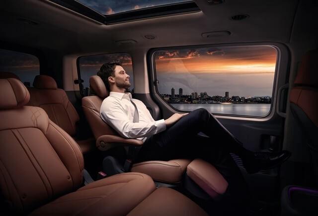 Hyundai Staria 2022 ra mắt Đông Nam Á - MPV khiến cộng đồng dậy sóng, giá từ 53.200 USD