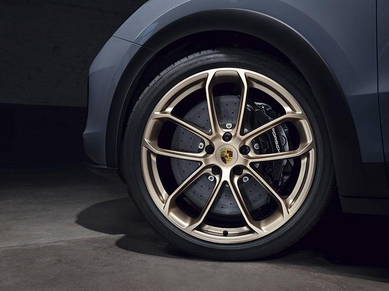 Porsche Cayenne Turbo GT 2022 giá dự kiến 12 tỷ tại Việt Nam có gì đặc biệt?